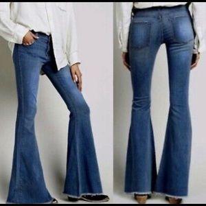NWOT AC for AG Skin 5 Super Flare Jeans